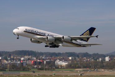 aircraft-2160457_1920